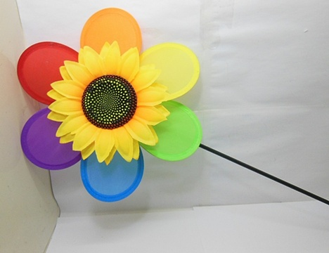 10 Exciting Flower Silk Windmills Great Toy 28cm