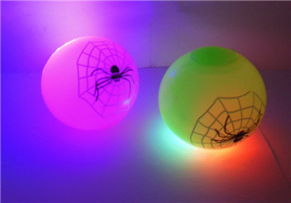 12 Party Favor Flashing Light Up Bouncy Ball 50mm - Spiderweb