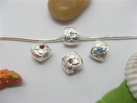 20 Silver Flower Pandora Thread Beads with Rhinestone